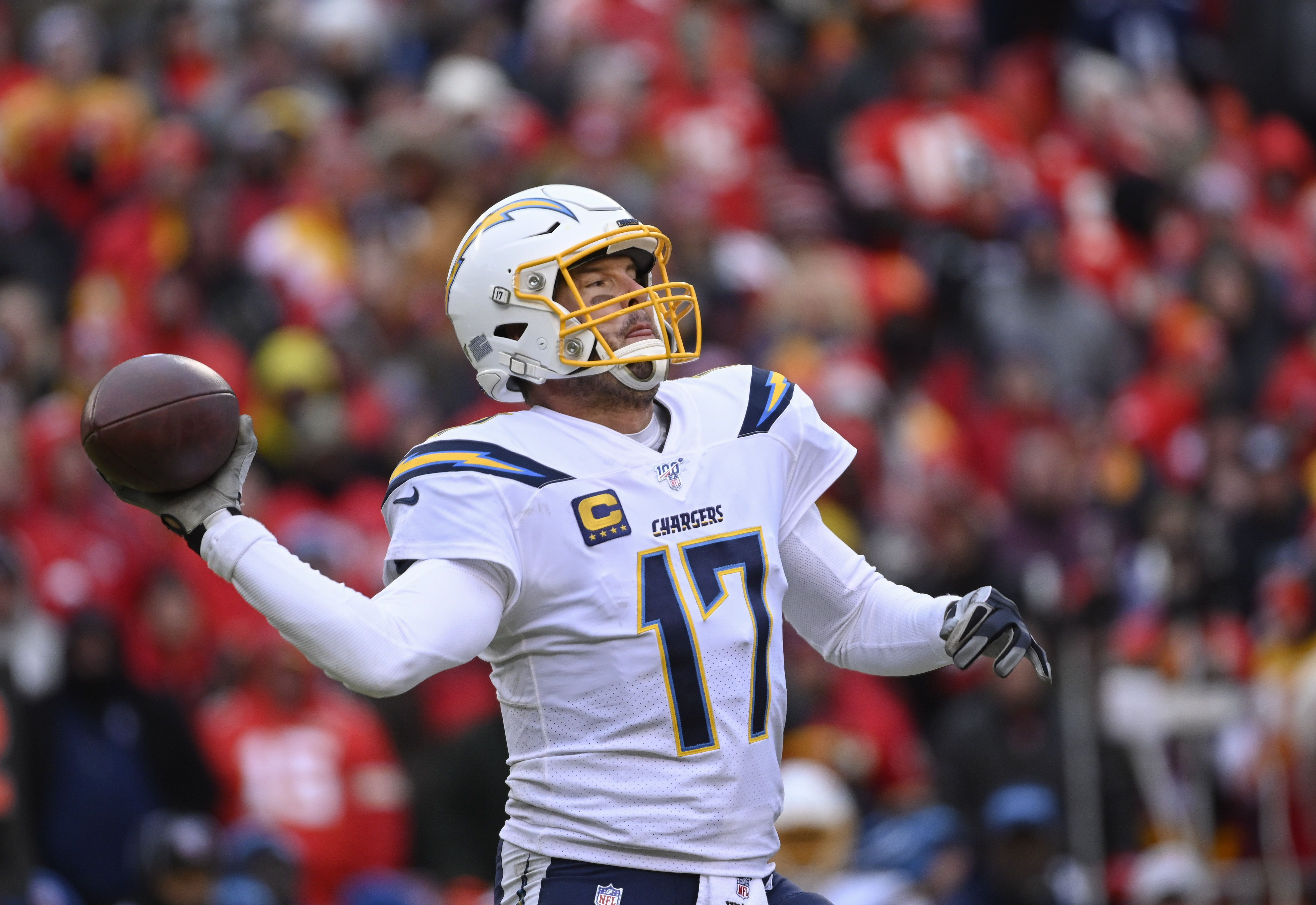 AP source: Colts agree to 1-year deal with QB Philip Rivers