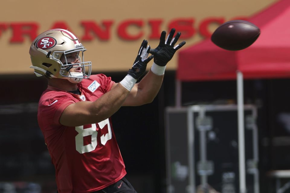 Another 49ers player goes on COVID-19 list before game vs. Cowboys