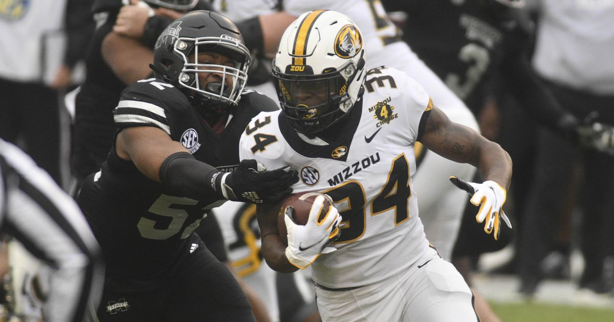 Tigers fall in regular-season finale to Mississippi State 51-32