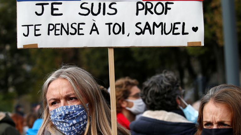 'Je suis prof': Thousands gather in Paris to honour murdered teacher